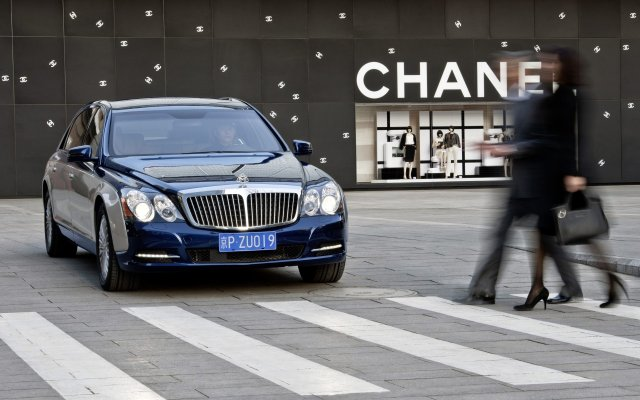 2011_Maybach_Modellpflege_Excellence_Refined_14
