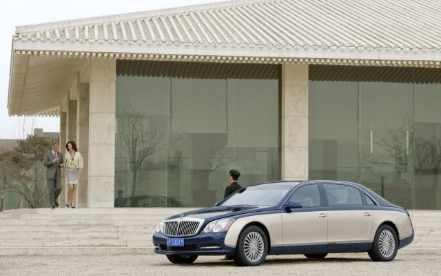 2011_Maybach_Modellpflege_Excellence_Refined_19