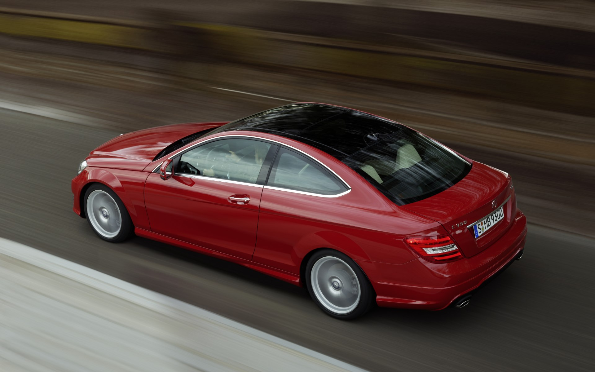 2011_C204_C-Class-Coupe_02