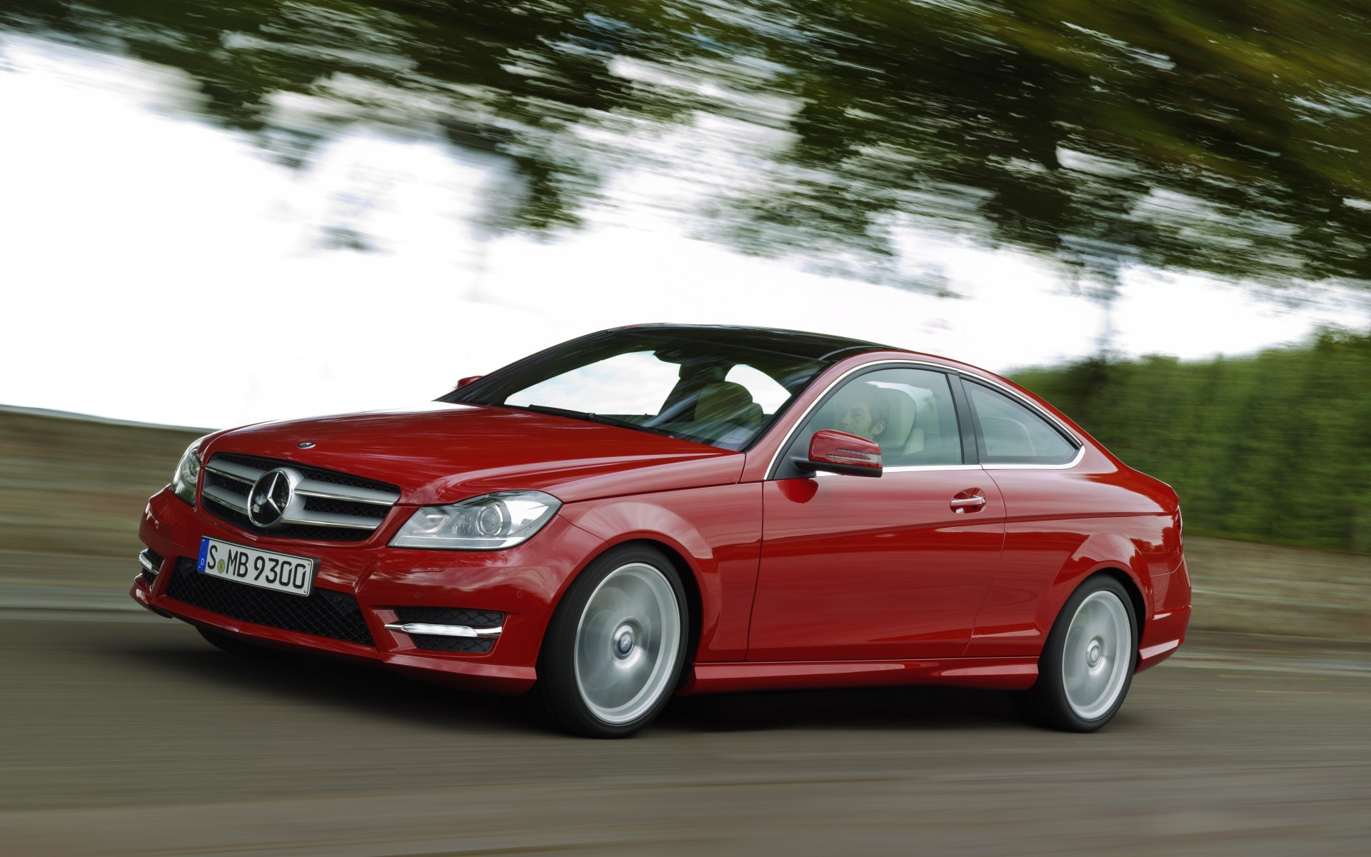 2011_C204_C-Class-Coupe_04