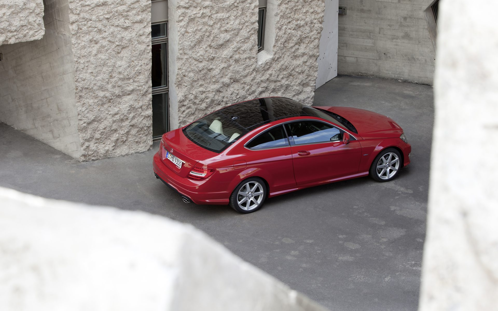 2011_C204_C-Class-Coupe_06