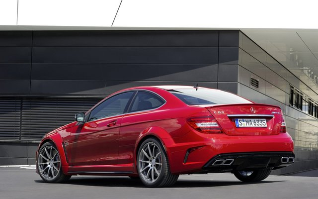 2012_c63amg-blackseries_1