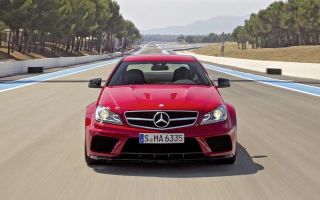 2012_c63amg-blackseries_8