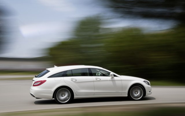 2012_cls_shootingbrake_001