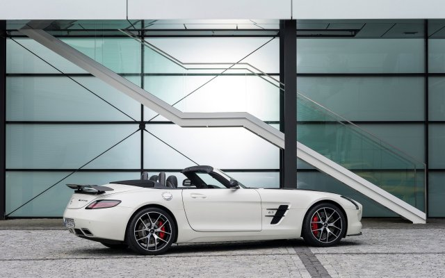 2014_slsamg_finaledition_14_roadster