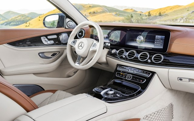 2016_e350e_interieur-exclusive_w213_1