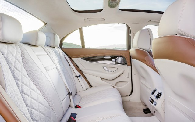 2016_e350e_interieur-exclusive_w213_2