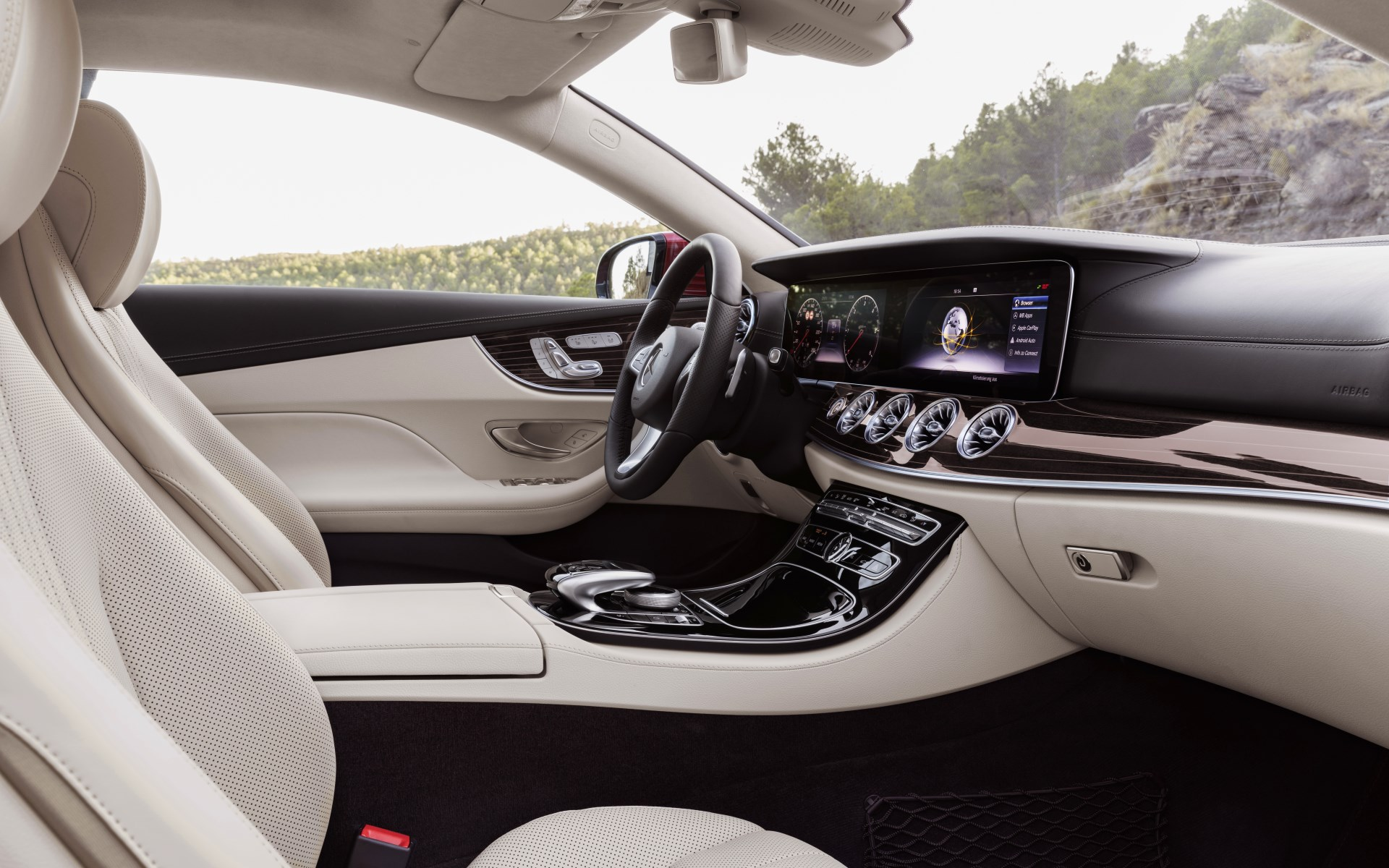 2017_e-coupe_avantgarde_11_interieur