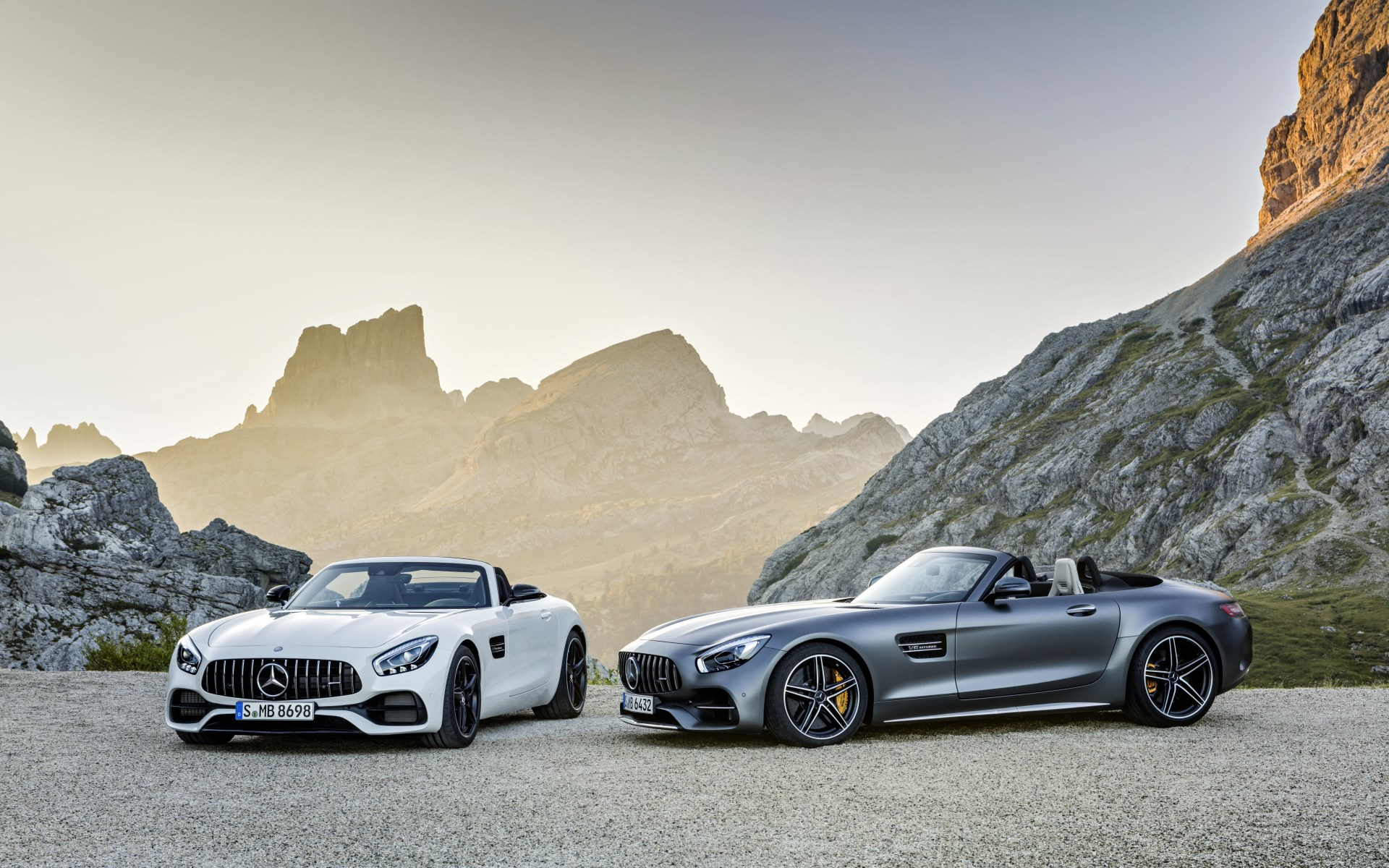 2017_amg-gt-roadster