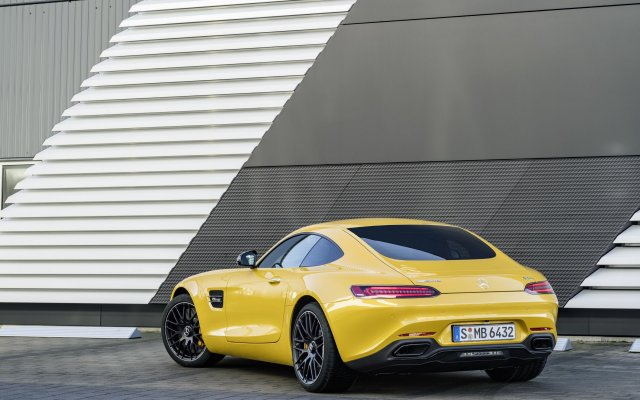 2017_amg-gt-s_2