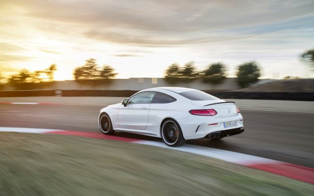 2018_amg_c-class_c63s_coupe_14