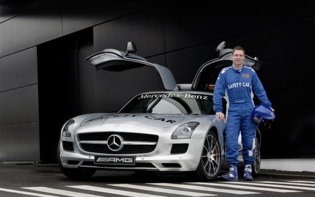 2010 F1 Safety Car SLS AMG 02