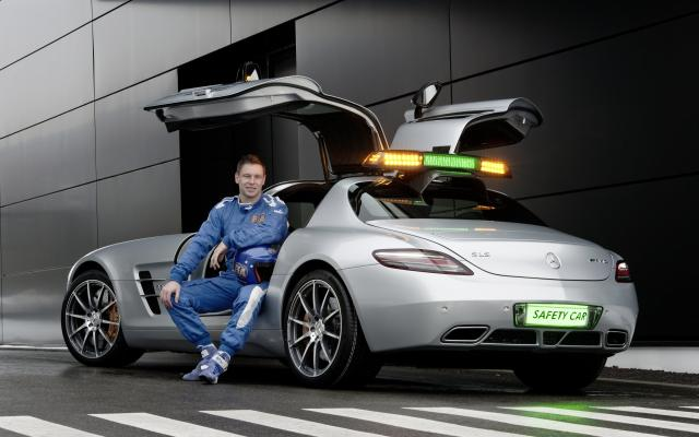 2010 F1 Safety Car SLS AMG 06