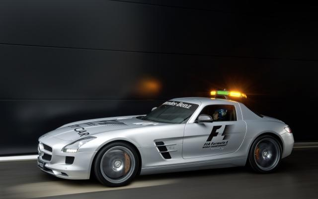 2010 F1 Safety Car SLS AMG 09